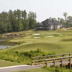 Crystal Lake G&CC: clubhouse